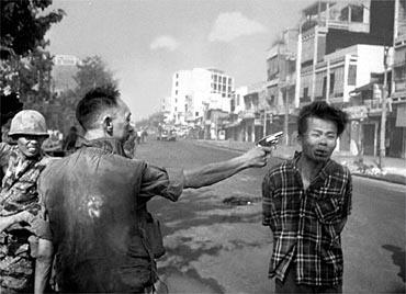 Eddie Adams cadru in Vietnam